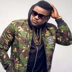 How I became a thief, denied my mother – Skales reveals touching details about his childhood   Some stories about childhoods could be very touching as not everyone was born with silver spoons in their mouths.    For award-winningNigerian rapper, bornRaoul John Njeng-Njeng, who... #naijamusic #naija #naijafm