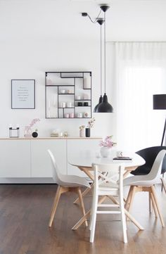 Meine Designlieblinge von Muuto, Hay und Brukadesign - HOME - Apartment Decor Dining Room Sets, Best Interior, Interior Design, Home Panel, Muuto, Best Dining, Decorating On A Budget, Farmhouse Decor, Scandinavian