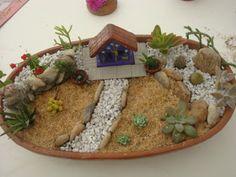Mini Fairy Garden, Fairy Garden Houses, Growing Gardens, Little Gardens, Cactus Y Suculentas, My Secret Garden, Miniature Fairy Gardens, Planting Succulents, Indoor Garden