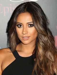 "Shay Mitchell Photos: ""Pretty Little Liars"" Celebrates 100 Episodes"