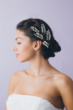 Dewed Twigs Hairpins - perfect accessory from L. Veil Hairstyles, Wedding Hairstyles With Veil, Vintage Hairstyles, Bridal Comb, Bridal Updo, Bridal Makeup, Bridal Hair Flowers, Bridal Hair Vine, Nature Inspired Wedding