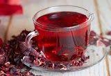 Top 5 health benefits of drinking hibiscus tea - My Organic Life Soft Gingerbread Cookies, Sour Taste, Hibiscus Tea, Flower Tea, Herbal Tea, Tea Recipes, Kefir, Organic Recipes, Drinking Tea