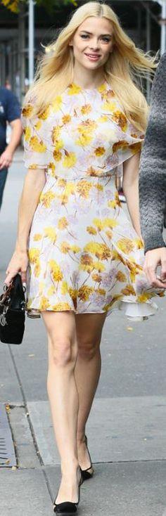 Jaime King: Dress – Giambattista Valli  Purse and shoes – Dior