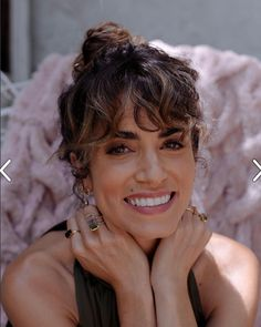 Curly Fringe, Curly Hair With Bangs, Curly Hair Cuts, Hairstyles With Bangs, Curly Hair Styles, Dry Curly Hair, Hair Bangs, Nikki Reed, French Hair