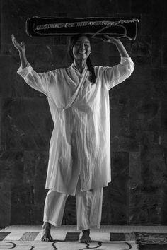 ミルコットンカーディ薄手のホームウェア綿2016年1月Photograph by Yuriko Takagi Jurgen Lehl for Babaghuri