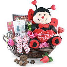 Valentinde's Day 2021 - Gift Basket Ideas Valentine Day List, What Is Valentine, Best Valentine Gift, Valentines, Cute Gifts, Diy Gifts, Best Gifts, Teddy Day, Valentine's Day Gift Baskets