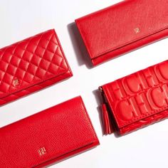 Carolina Herrera wallets in signature bold red Carolina Herrera Handbags, Ch Carolina Herrera, Cute Handbags, Ladies Handbags, Bags Online Shopping, Red Bags, Luxury Handbags, Clutch Wallet, Wallets For Women
