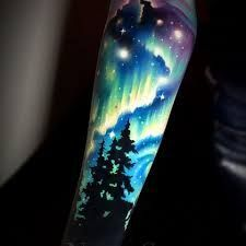 Picture result for Aurora Borealis Tattoo - lights Source Wolf Tattoos, Sky Tattoos, Nature Tattoos, Body Art Tattoos, Galaxy Tattoos, Circle Tattoos, Tattoo Ink, Fish Tattoos, Tatoos
