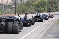 Funny pictures about Just all the Batman cars on the road. Oh, and cool pics about Just all the Batman cars on the road. Also, Just all the Batman cars on the road. Batman Auto, Batman Batmobile, Batman Batman, Batman Comics, Dc Comics, Funny Batman, Film Cars, Movie Cars, E90 Bmw