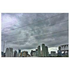 #cloudy #makati #skyline #sky #clouds #building #philippines #曇り な#マカティ #空 #雲 #ビル #フィリピン