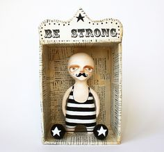 Art doll set - Wall sculpture and paper mache box- Circus figurine - Be strong. via Etsy. Origami, Paper Art, Paper Crafts, Paper Mache Boxes, Circus Art, Diy Inspiration, Arte Popular, Paperclay, Designer Toys