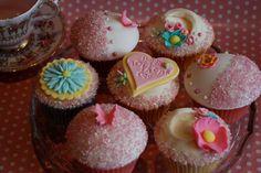 Moonfruiter #Cupckakes by Louise - #MothersDay #Cupcakes #cakesandbakes