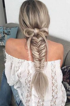 Long Hairstyle Ideas For Christmas 21