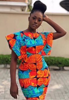 Linda Osifo is pretty much a stunner when it comes to fashion especially in African print dress styles. I have compiled african print styles that have been worn Short African Dresses, Latest African Fashion Dresses, African Print Dresses, African Print Fashion, Africa Fashion, African Prints, Moda Afro, African Print Dress Designs, Style Africain