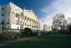 Cumberland Terrace, Regent's Park Carlton House, John Nash, London Places, Parking Design, London Travel, Beautiful Buildings, Wonderful Places, Regency, Terrace