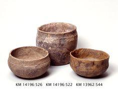 Keramikkskåler. Clay Cup, Clay Bowl, Ceramic Cups, Ceramic Pottery, Vikings, Viking Food, Clay Pinch Pots, Ottonian, Heroic Age