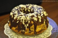 Ciambella marmorata - un deliciu langa cafeaua de dimineata Doughnut, Desserts, Food, Coffee, Sweet Treats, Meal, Deserts, Essen, Hoods
