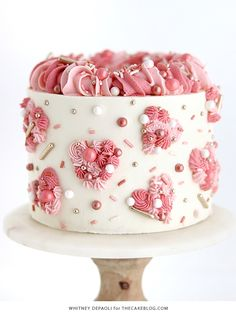 Piped Hearts Valentine's Cake - how to pipe buttercream hearts full of texture and color. Heart Shaped Birthday Cake, Heart Shaped Cakes, Heart Cakes, Valentines Baking, Valentines Day Cakes, Valentine Desserts, Cupcakes, Cupcake Cakes, Diy Valentine's Cake