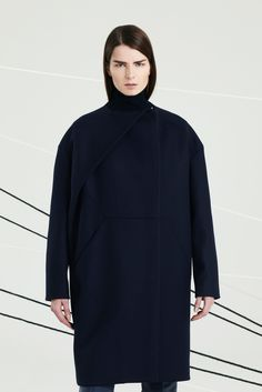 See the complete Chalayan Pre-Fall 2014 collection.