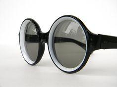Round Lens Black Vintage Sunglasses