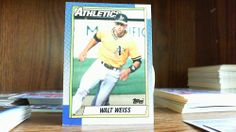 TOPPS 1990 WALT WEISS CARD#165 ATHLETICS.