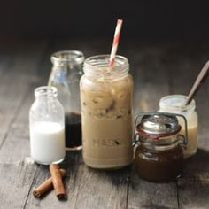 Pumpkin spice Vietnamese iced coffee is perfect for fall and totally addictive! Coffee Snobs, Coffee Cafe, Coffee Drinks, Coffee Gifts, Coffee Lovers, Thai Coffee, Vietnamese Iced Coffee, Yummy Drinks, Yummy Food