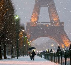 Snowy Paris, snowflakes and fairy lights, and Christmas and your dreams come true. Winter in Paris, France. Paris 3, I Love Paris, Paris Snow, Paris Winter, Paris City, France Winter, Winter Europe, Pink Paris, Montmartre Paris
