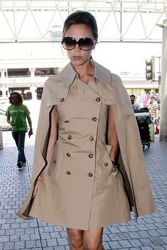 Burberry Trench/Cape