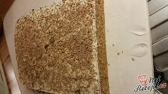 Lahodný sen s vanilko-kokosovým krémem sypaný sušenkou FIDORKA Vanilla Cake, Banana Bread, Desserts, Food, Author, Deserts, Dessert, Meals, Yemek