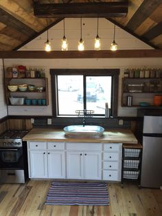 Granny pods square feet The Pioneer: a modular 12 x 30 tiny house from Clear Creek Tiny Homes of Lakeside, Arizona. Shed To Tiny House, Tiny House Cabin, Tiny House Living, Tiny House Plans, Tiny House Design, House Floor Plans, Small Cabin Interiors, Small Cabin Kitchens, Outdoor Kitchens