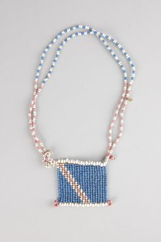Necklace formed of blue, white and pink glass beads, string l Made by Zulu l Findspot South Africa l Height: 20 centimetres l Acquisition date 1982 African Trade Beads, African Jewelry, Ethnic Jewelry, Boho Jewelry, Jewelry Crafts, Seed Bead Earrings, Beaded Necklace, Bead Loom Designs, Necklace Types