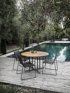 All about Asta Stacking Lounger by Gloster Furniture on Architonic. Find pictures & detailed information about retailers, contact ways & request. Outdoor Dining, Outdoor Spaces, Outdoor Chairs, Outdoor Decor, Dining Furniture, Garden Furniture, Outdoor Furniture Sets, Interior Exterior, Exterior Design