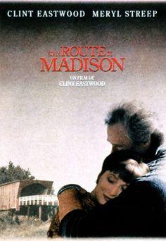 Sur la route de Madison : le film d'amour pour réchauffer l'hiver - Film d'amour : top 15 des films d'amour - Les enfants de Francesca Johnson retournent dans la ferme familiale après le décès de leur mère. En rangeant la maison, ils découvrent que durant l'été 1965, alors qu'ils étaient partis avec leur père à une foire dans l'Illinois...
