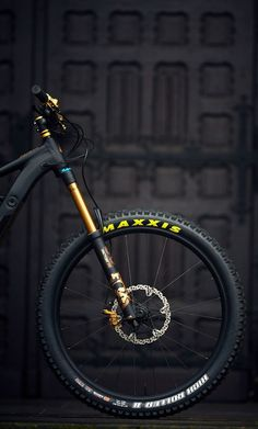 Maxxis - Candice Home Mountain Bike Action, Mountain Biking Quotes, Velo Design, Montain Bike, Mt Bike, Best Bmx, Hardtail Mountain Bike, Stunt Bike, Downhill Bike