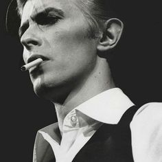 """""""...though I'm past one hundred thousand miles... I'm feeling very still... And I think my spaceship knows which way to go. Tell my wife I love her very much (she knows)..."""" #spaceoddity #davidbowie  #volimstosevolimo #ljubavseljubavljuvraca #severina"""