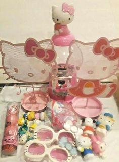 4c19eb334 Hello Kitty Pink Metal Jewelry Holders gumball machine toy figures, glasses  more #multiplebrandssanrio Gumball