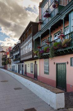 Houses of Santa Cruz de La Palma, Canary Islands | Spain (by Joep de Groot)