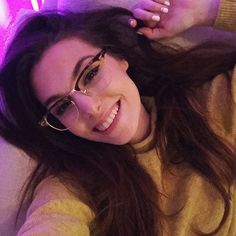 Marzia And Felix, Marzia Bisognin, Still Love Her, Tumblr Fashion, Old Ones, Young And Beautiful, Old Photos, Going Out, Glasses
