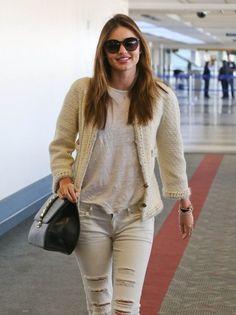 Newly single model Miranda Kerr departing on a flight at LAX airport in Los Angeles, California on November 6, 2013.