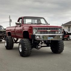 all jacked up trucks Custom Chevy Trucks, Chevy Pickup Trucks, Gm Trucks, Chevy Pickups, Chevrolet Trucks, Diesel Trucks, 1957 Chevrolet, Chevrolet Impala, Chevrolet Silverado