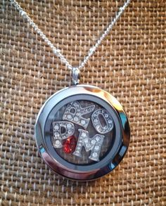 Cute way to be asked to the prom.     Tellingyourstory.origamiowl.com.               Facebook.com/maryfaucett31987.            Maryfaucett@ymail.com