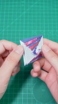 Pin on diy halloween crafts for kids Pin on diy halloween crafts for kids Cool Paper Crafts, Paper Flowers Craft, Paper Crafts Origami, Cute Crafts, Diy Paper, Paper Magic Tricks, Magic Tricks For Kids, Magic Tricks Tutorial, Instruções Origami