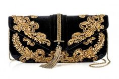 Marchesa Beautiful black and gold. Marchesa, Fashion Bags, Fashion Accessories, Or Noir, Black Gold Jewelry, Black Clutch, Baroque Fashion, Vintage Purses, Beaded Bags