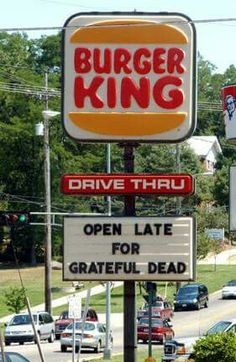 Photo of the day - BK knows what's up. Grateful Dead Songs, Grateful Dead Image, Give Me A Sign, Dead And Company, The Jam Band, Forever Grateful, It Goes On, Good Ol, Gd
