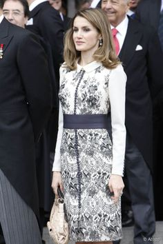 2379-princess-letizia-of-spain-attending-592x0-2.jpg (592×888)