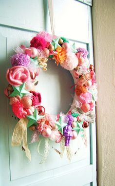 Mixed Media Wreath with crochet from Silly Old Suitcase, spotted via Attic24