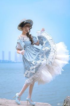 By the sea, wouldn't it be smashing Kawaii Fashion, Lolita Fashion, Cute Fashion, Fashion Outfits, Rock Fashion, Fashion Boots, Pretty Dresses, Beautiful Dresses, Estilo Lolita