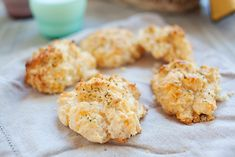 Red Lobster Cheddar Bay Biscuits Recipe | Rasa Malaysia