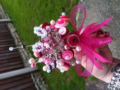 Completed mini button bouquet