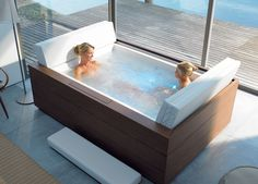 Big bath tub!!!! I love it, it would cover all of me and have lots of bubbles :)